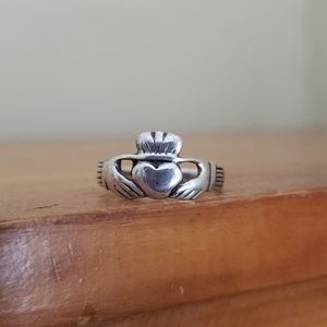 Sterling Silver Claddagh Ring (Size 7)